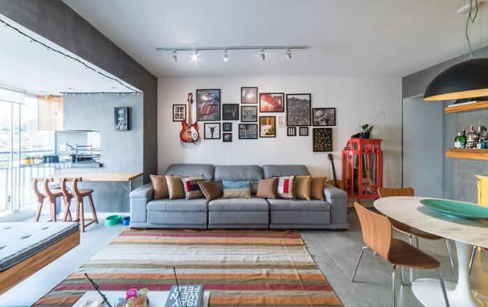 Sofá de 3 lugares parede