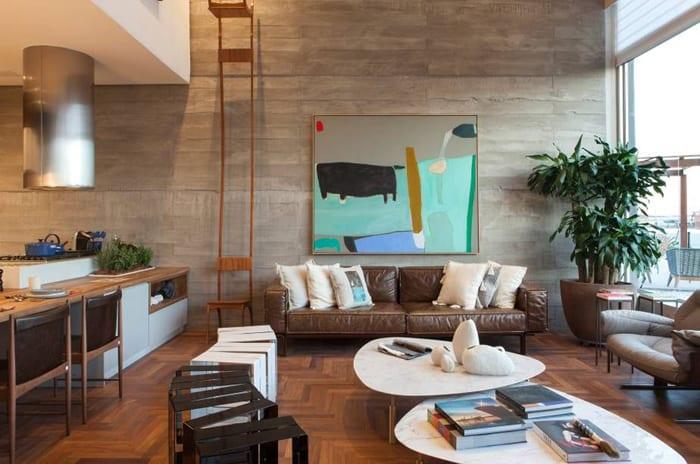 sofá 3 lugares colorido couro